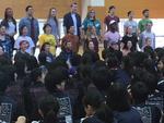 音楽と英語を通じて勇気を与えるパフォーマンス、「ヤングアメリカンズ」のジャパンツアーが明星中学校・高等学校を会場に2月24日~26日の3日間で地域開催。府中市内の小中学生や明星小学校、明星中高の児童・生徒が参加する一大イベント -- 明星中学校・高等学校