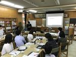江戸川大学情報文化学科の玉田和恵教授が湯島小学校で教諭向けプログラミング研修を実施 -- プログラミング的思考育成について小学校教諭に助言