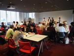 「多摩大学リレー講座交流サロン」団塊世代と学生の交流カフェサロンを多摩大学生が企画・運営