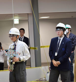 湘南工科大学附属高等学校・電気部(技術コース)のチーム「SIT秋桜」が「第6回宇宙エレベーターロボット競技会全国大会」で準優勝