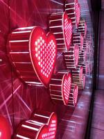 崇城大学デザイン学科の学生が鶴屋百貨店のバレンタインディスプレイをプロデュース -- テーマは「ことしはわたしのバレンタイン」