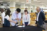 京都産業大学経営学部の学生が「CM制作に学ぶメディア戦略」をテーマに卒業生と協働して学生食堂のCMを制作!