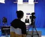 獨協大学が学内の撮影スタジオで就活用「自己PR動画」を撮影可能に -- 動画提出企業の増加に対応し、本格的な設備を提供