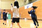 クラーク記念国際高等学校の秋葉原ITキャンパスで、Graffity社による''ARを活用したスマホのゲームアプリ''で体育授業を実施。