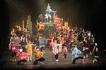 クラーク記念国際高等学校のパフォーマンスコースが2月13~16日に大型舞台公演「OINARI」を公開。 -- 毎年約4,000人を動員する表現を学ぶ現役高校生総勢90名による人気舞台公演。