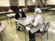 学食職員へのインタビュー.jpg