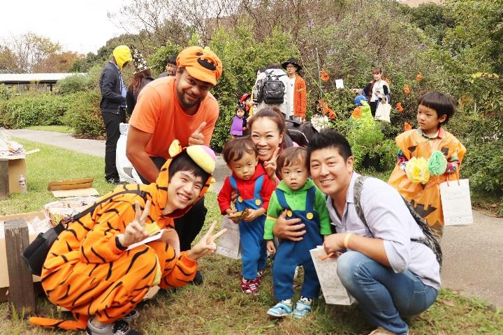 神田外語キッズクラブが10月20日(日)、神田外語大学の広大なキャンパスを利用して、0歳から小学生を対象とした児童英語教育業界最大級のHalloween Partyを開催します