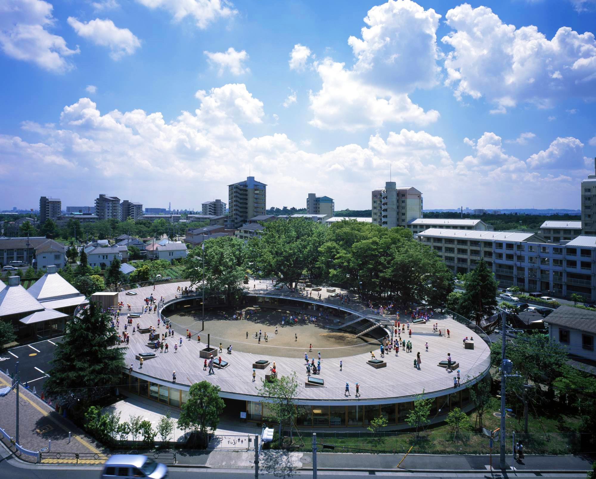 英ガーディアン紙が選ぶ「The best architecture of the 21st century 21世紀最高の建築25点」に、東京都市大学 工学部 建築学科 手塚貴晴教授(同大・卒業生)らが設計した「ふじようちえん」が選定