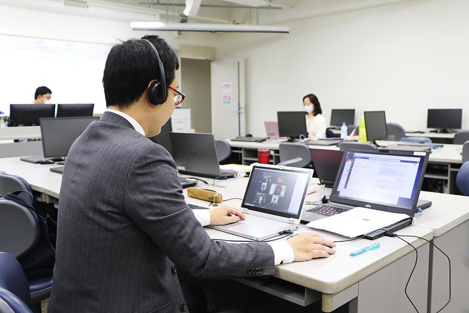 【東洋学園大学】3年次の全学生対象、必修授業内で「オンライン模擬就活」を実施 キャリアコンサルタントと連携しWeb会議ツールを活用。7月4日(土)、11日(土)にも実施予定。