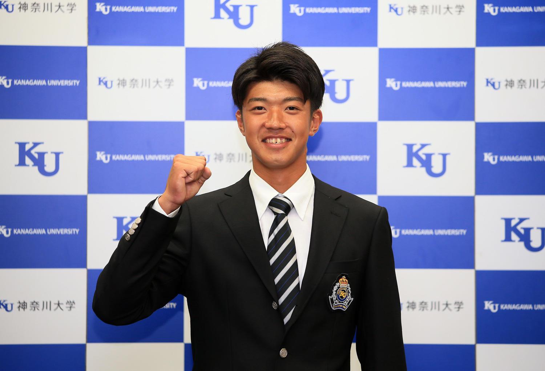 神奈川大学 硬式野球部所属 梶原昂希が、2021年プロ野球ドラフト会議で、横浜DeNAベイスターズに6位で指名されました