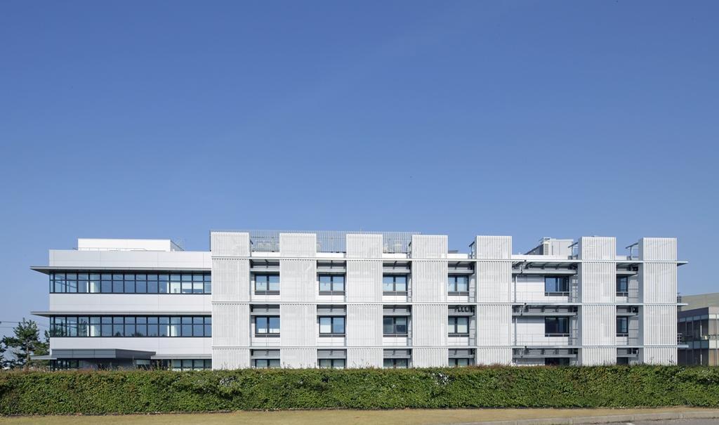 学校法人金沢工業大学革新複合材料研究開発センター「実証開発拠点」開所式開催