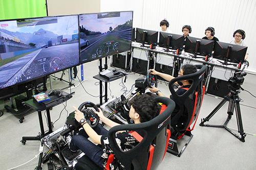 esports専用常設スタジオを学内に開設 -- 大阪電気通信大学