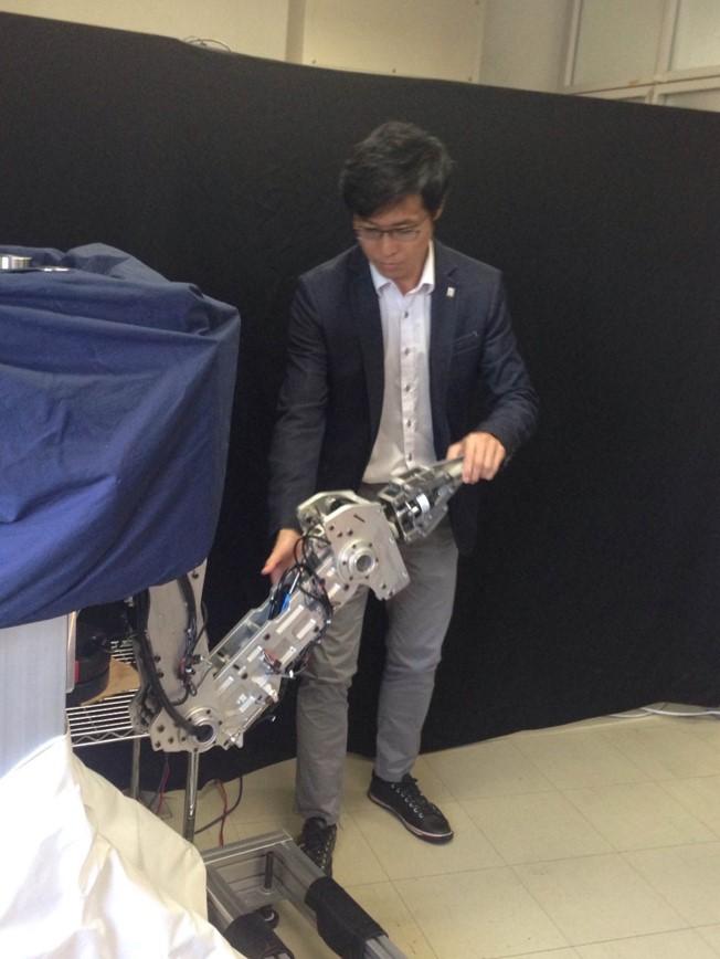 世界初の油圧ハイブリッドロボットを開発 -- 高速で精密・柔軟で衝撃に強い -- 立命館大学