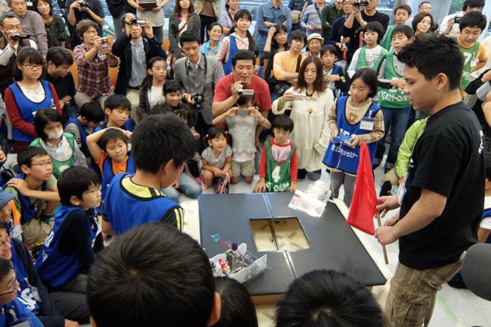 第16回 芝浦工業大学ロボットセミナー全国大会を開催 ~日本全国から勝ち抜いた小中学生たちが競う~