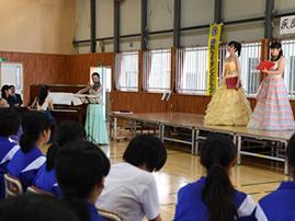 津波で失われた校歌の音源を復元後も、大船渡・赤崎中学校との交流を継続 -- フェリス女学院大学音楽学部
