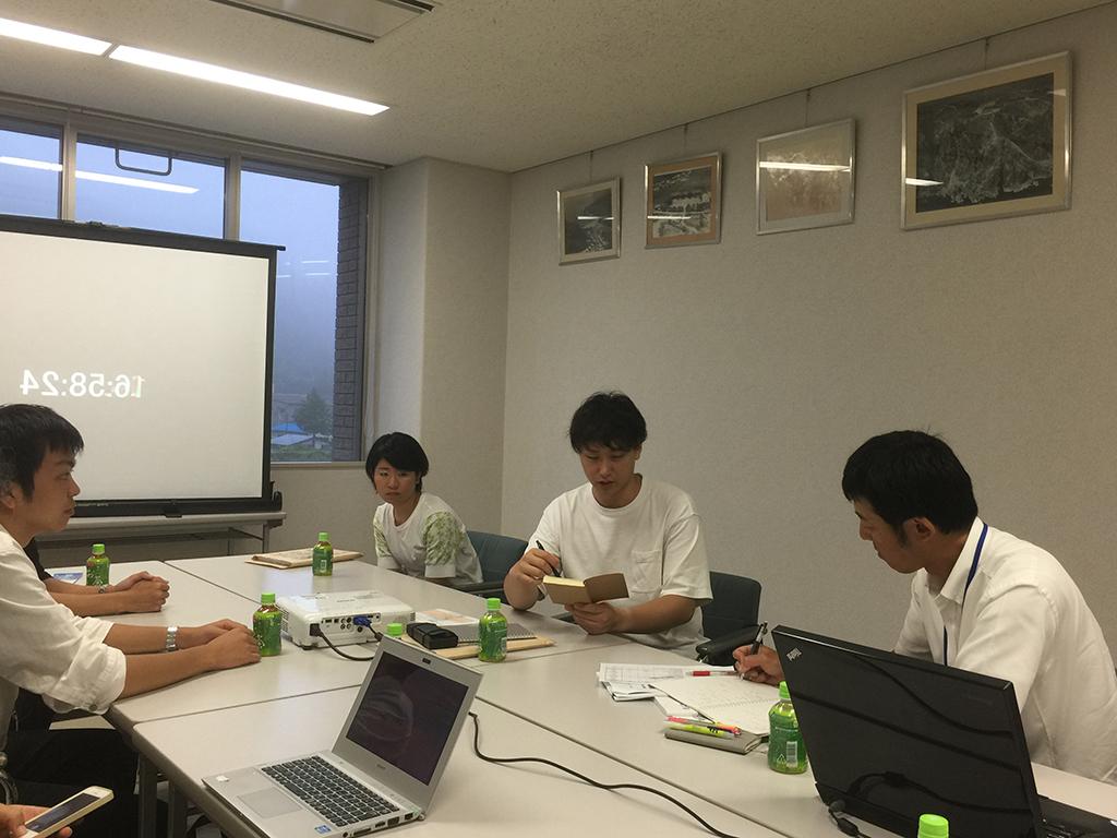 """村づくりに""""大阪の大学生の視点""""を取り入れる -- 追手門学院大学の学生が、岩手県普代村の地域活性化策を提言"""