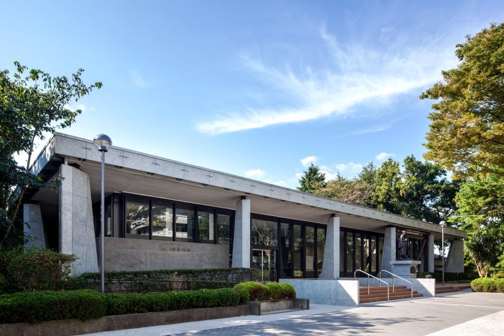 東京経済大学の「大倉喜八郎 進一層館(Forward Hall)」が、東京都選定歴史的建造物に選定