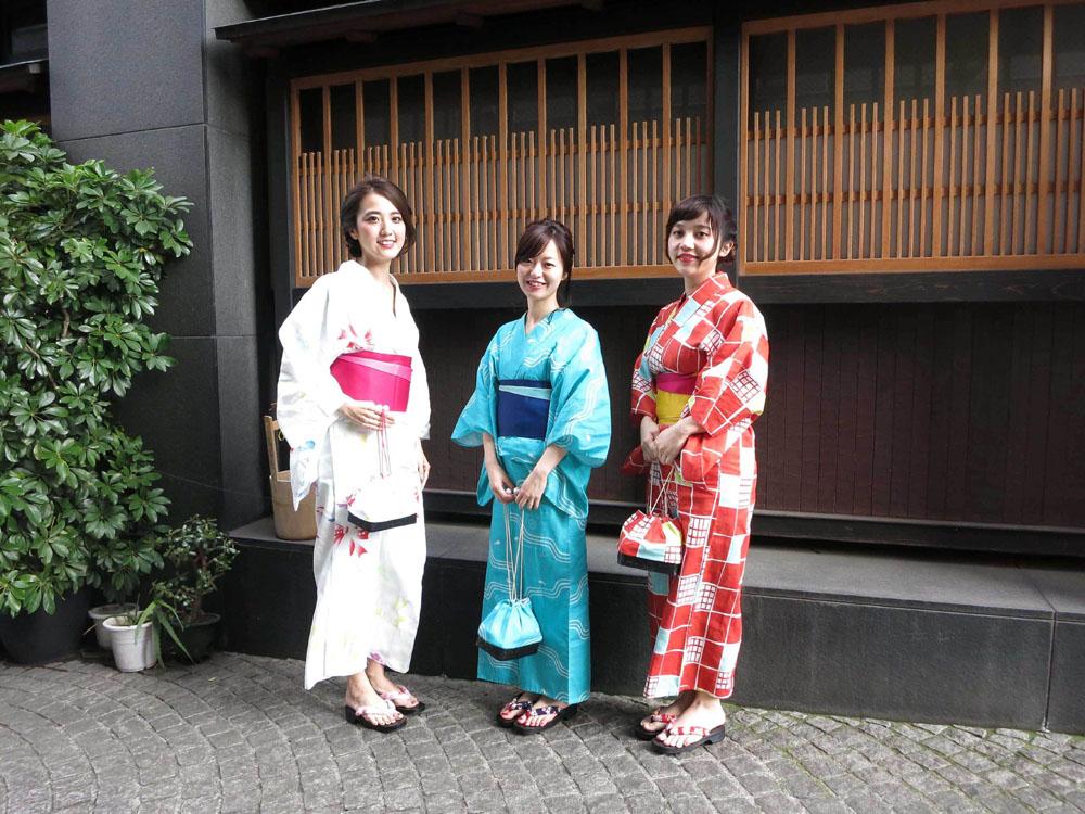 共立女子大学の学生が神田明神をイメージしてデザインした浴衣を豊島株式会社が限定発売 -- クラウドファンディングで支援者を募集