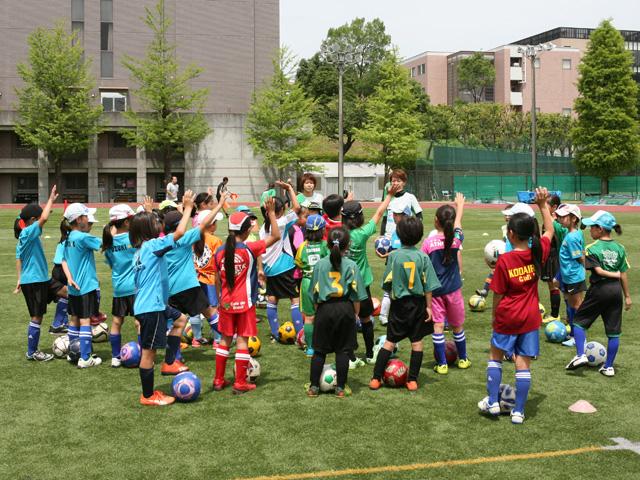 駒沢女子大学が6月4日に「平成29年度 第1回 駒沢女子大学サッカー教室~日テレ・ベレーザの選手とサッカーをしよう!」を開催 -- 小学生女子の参加者を募集中