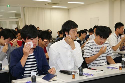 就活における身だしなみについて正しい知識とケア方法を学ぶ、マンダム「男の就活身だしなみセミナー」を開催 -- 大阪電気通信大学