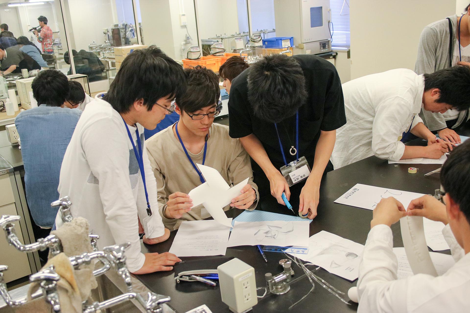 芝浦工業大学 -- プロの技術者に挑め!台湾の学生と協働で「たまご落とし」&「氷溶かし」に挑戦 ~40m落下の衝撃吸収容器&氷3.5kgを速く溶かす器具をつくる~