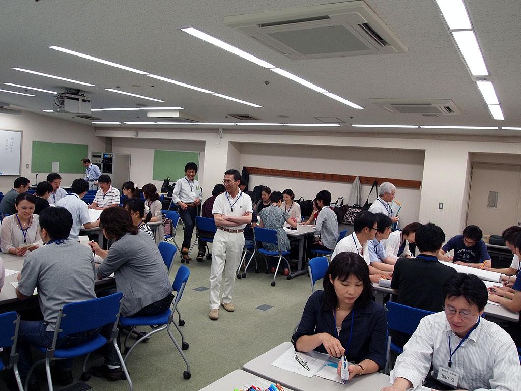"""看護師から歯科技工士まで、全医療職で""""より良いチーム医療""""を考える――昭和大学が「病院横断医療職ワークショップ」を開催"""