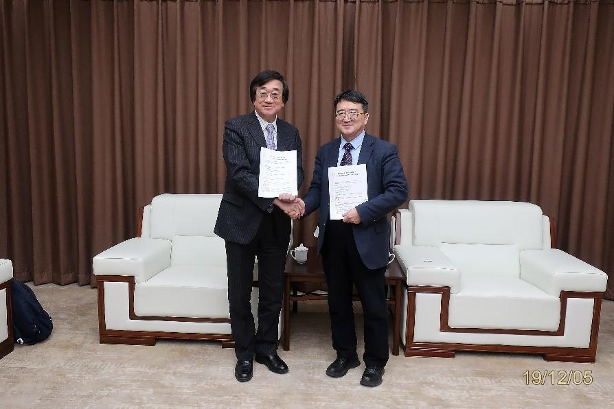 帝京平成大学と瀋陽薬科大学が学術交流協定を締結