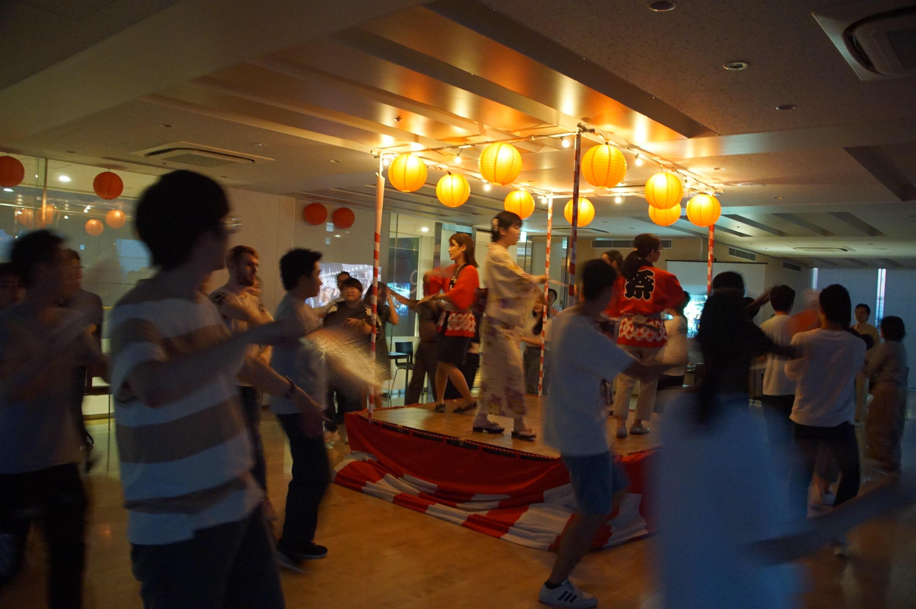 拓殖大学 日本文化体験講座「拓殖インターナショナル盆踊り大会」を開催