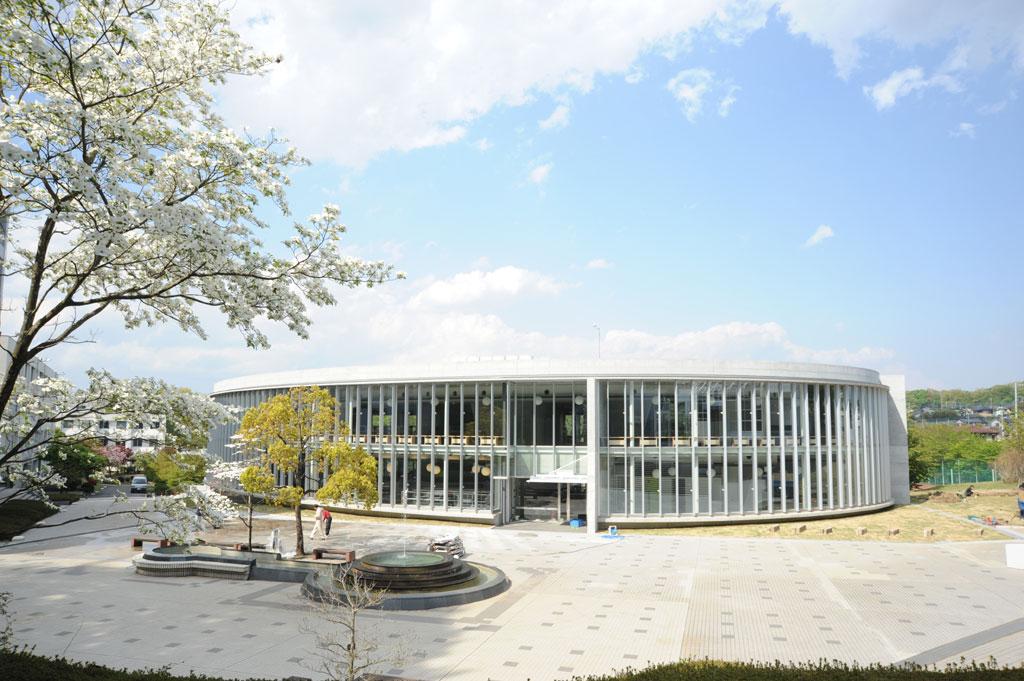 日本文化大学の新たな学びの拠点「メディアセンター」が完成
