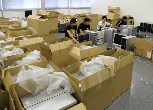 日本工業大学が東日本大震災の被災地の工業高校に、3次元CADソフトをインストールした中古パソコンを無償で提供
