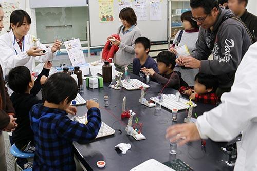 大阪電気通信大学が11月5日に「第10回テクノフェアinねやがわ」を開催 -- 3Dプリンタでのフィギュア製作やCG合成体験など