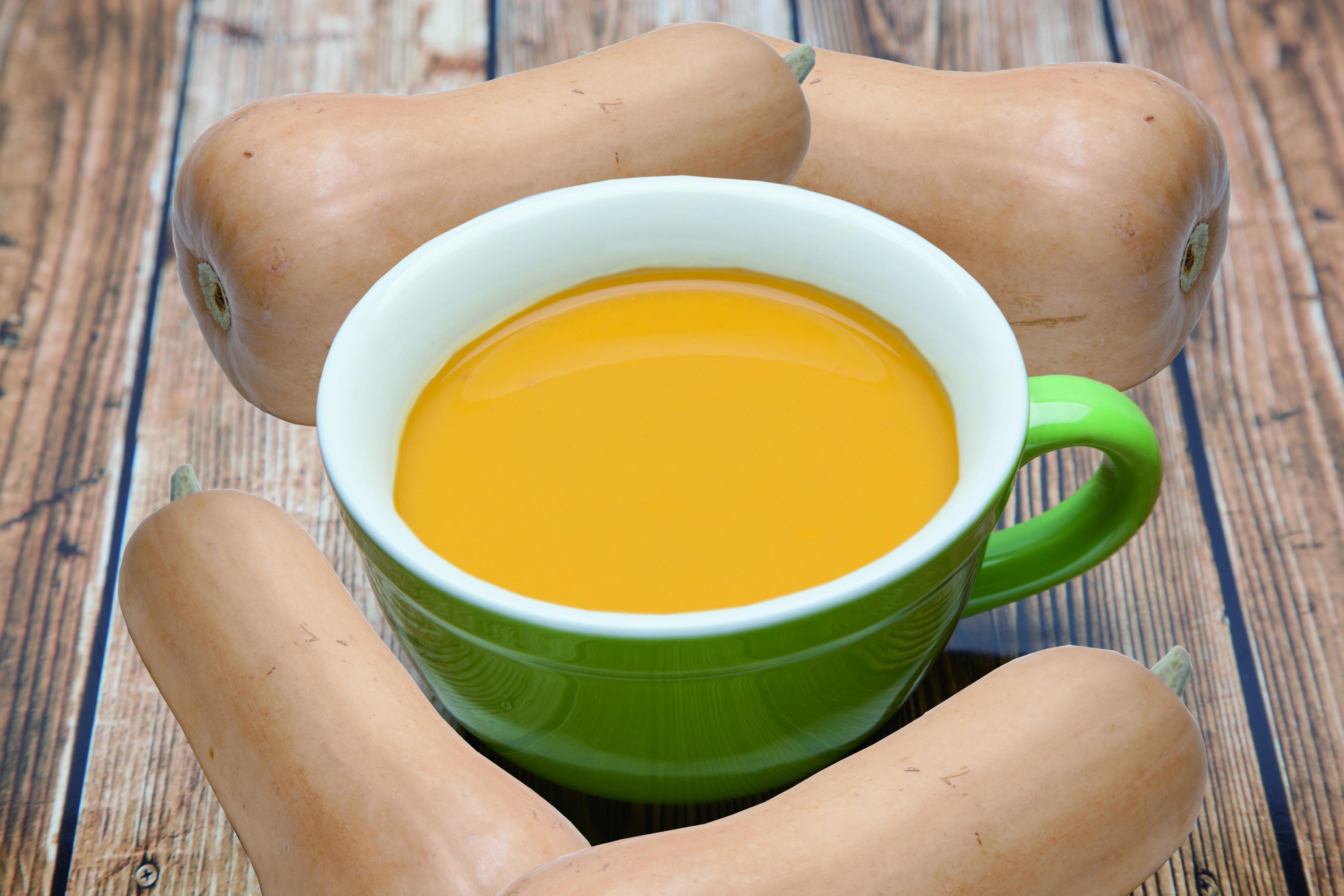 龍谷大学農学部×「ジューサーバー(京阪レストラン)」 農学部生が育てたバターナッツ使用の「かぼちゃスープ」を「受験生応援スープ」として、期間限定で販売開始