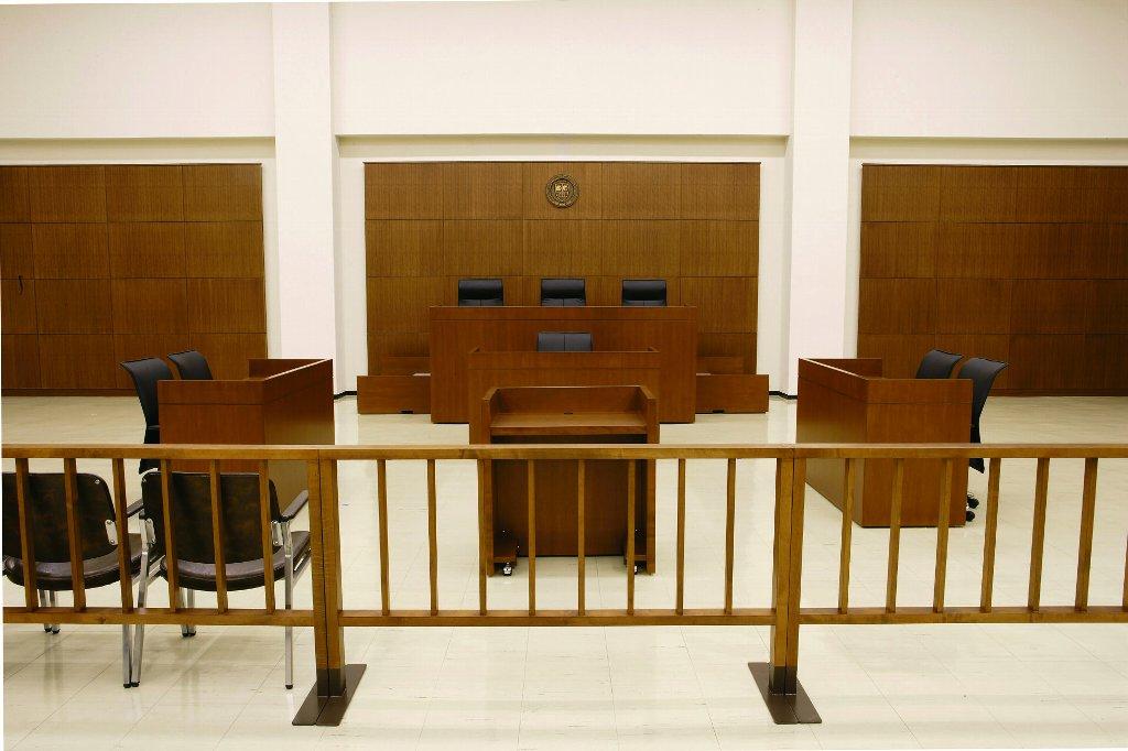 裁判員役を学生が実演! 大阪学院大学法務研究科(法科大学院)・法学部共催公開講座「私たちの裁判員制度」~こうして裁く!公判・評議を模擬体験~開催