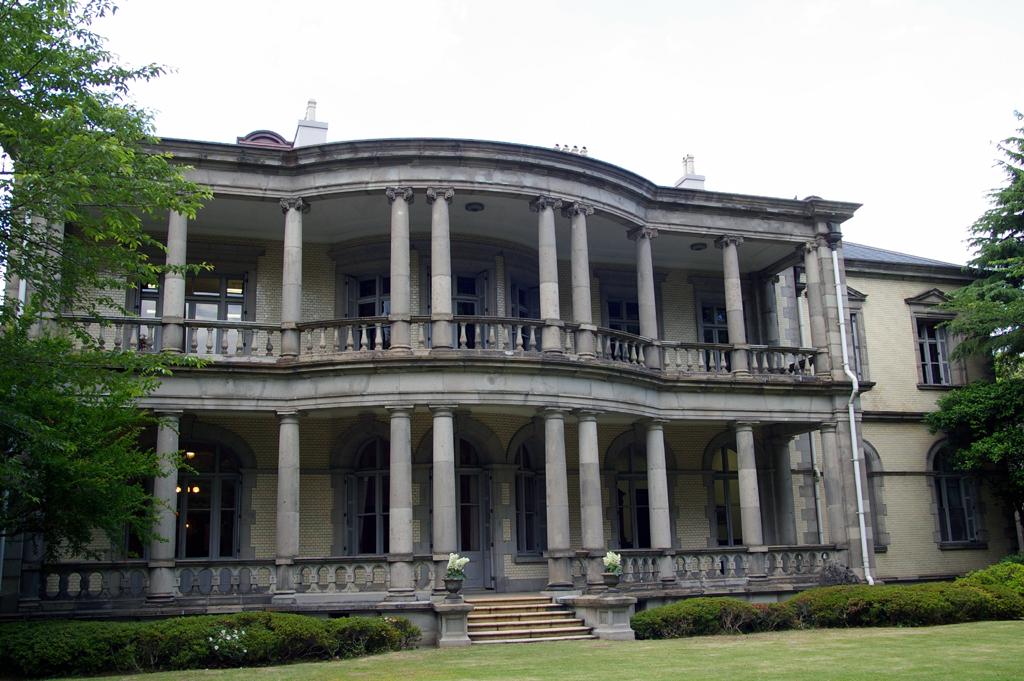清泉女子大学が東京都指定有形文化財に指定された「旧島津公爵家袖ヶ崎本邸洋館」のお披露目会を開催