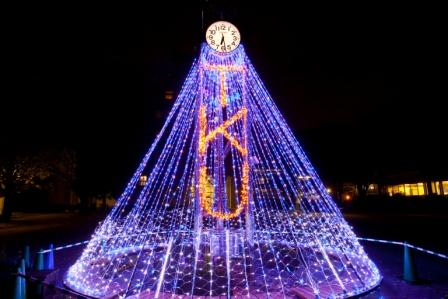 LEDイルミネーションが彩りを添える、きらめく冬の国分寺キャンパスーー東京経済大学が11月27日から