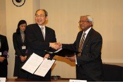 立教大学とバングラデシュのBRACが学術交流協定に調印<br />― 世界の貧困削減に貢献する人材育成・研究の共同実施へ ―