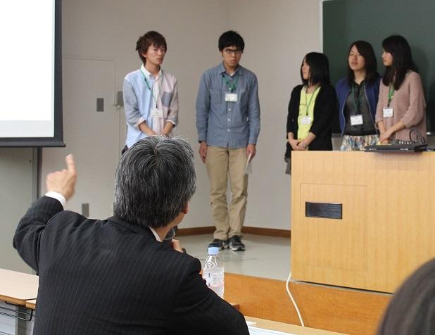 産学協同PBL講座で学生が社員へプレゼンを実施 ――企業と連携した新しい取り組み・東京薬科大学