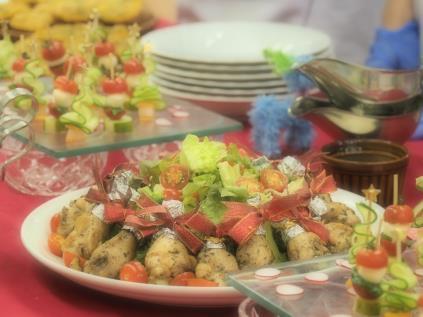 糖尿病患者向けお花見料理試食会 学生が考案した、栄養素に配慮しながらも華やぐ料理