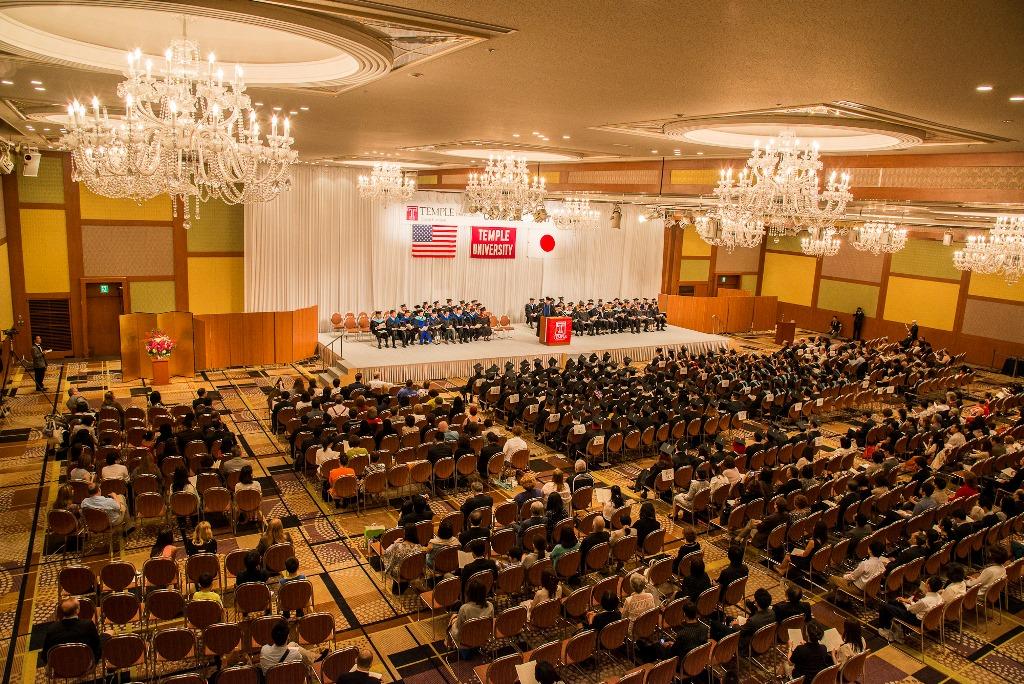 テンプル大学ジャパンキャンパス2014年度卒業式挙行 ~卒業生も実感。真に国際的かつユニークな学びの場から世界を担うグローバル人材へ