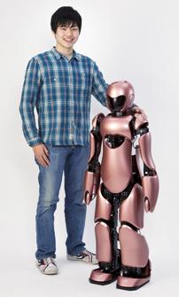 日本工業大学の学生が、宮代町立図書館開館20周年記念特別講演「ロボットの時代に向けて」でロボットの魅力を解説