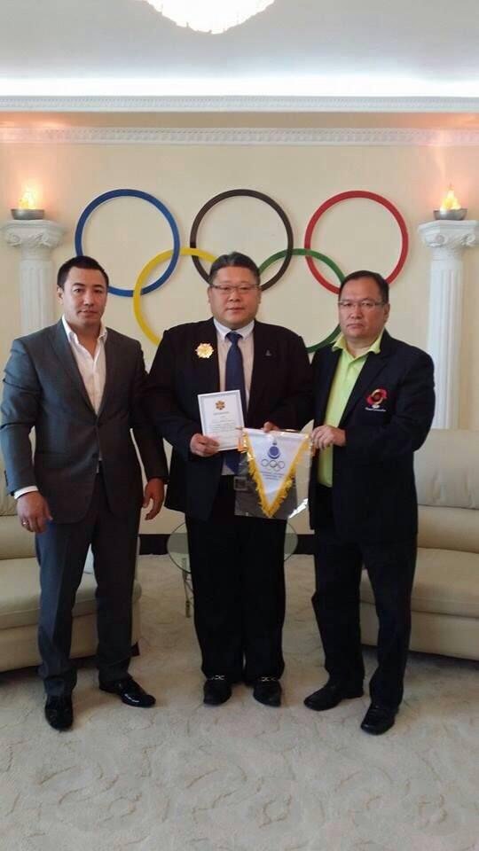 東日本国際大学柔道部監督の大関貴久氏がモンゴルオリンピック委員会から名誉勲章を授与される――モンゴルのスポーツ発展に寄与