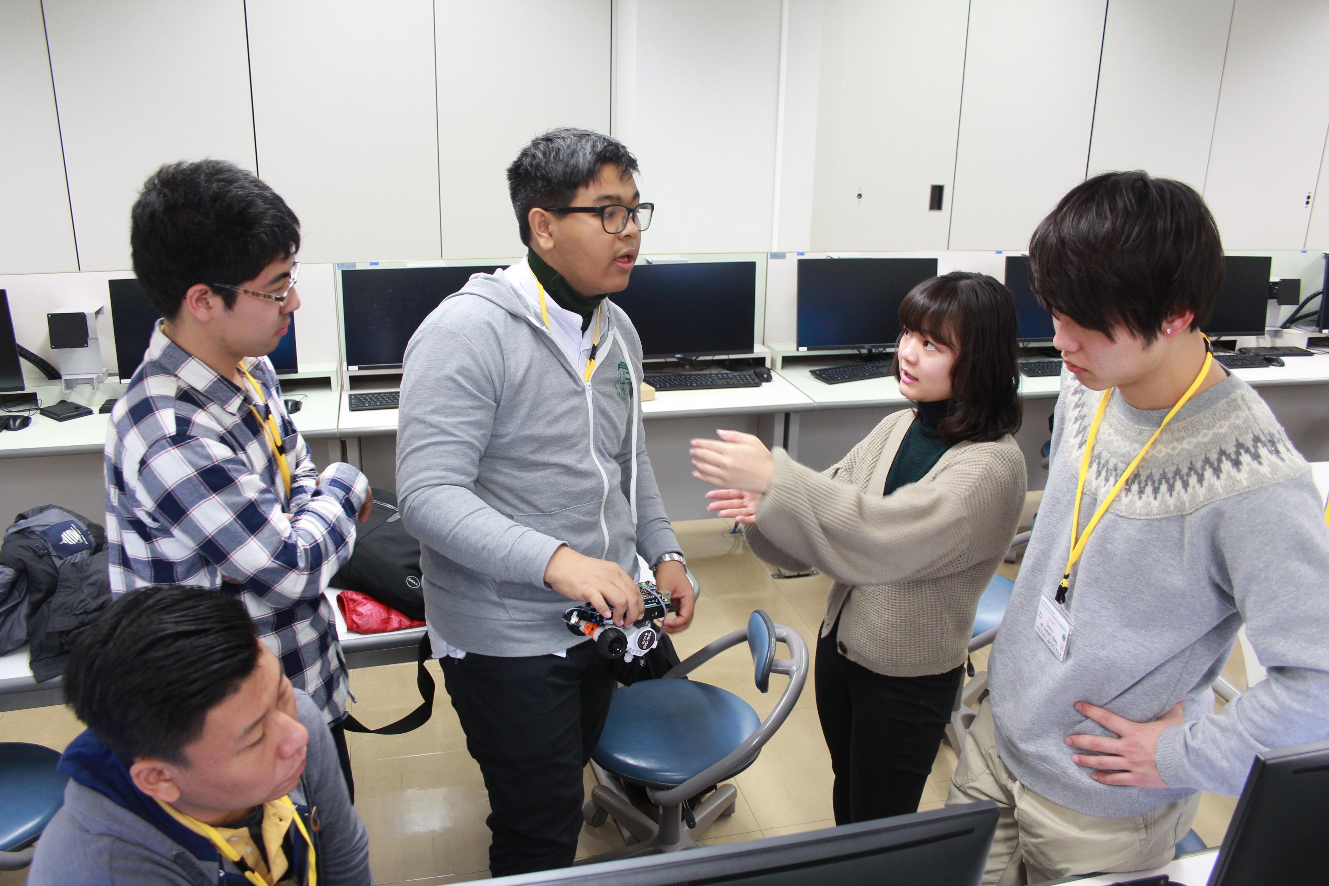 留学必須のプログラムがシステム理工学部全5学科でスタート~卒業単位の1/4を英語で履修~