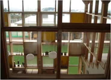 東洋大学「木と建築で創造する共生社会研究センター」が「木の学校づくり講演会―─街の森・木の建築が、温暖化を止める!」を5月30日(土)に開催