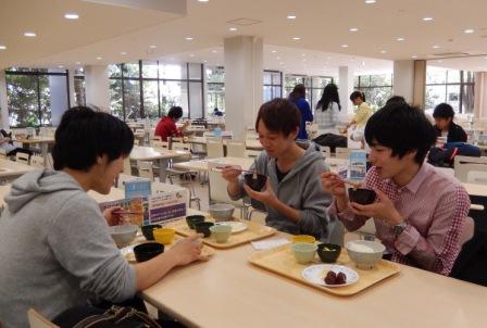 100円あったら朝食たべよう! 保護者からも好評、秋にも実施――東京経済大学