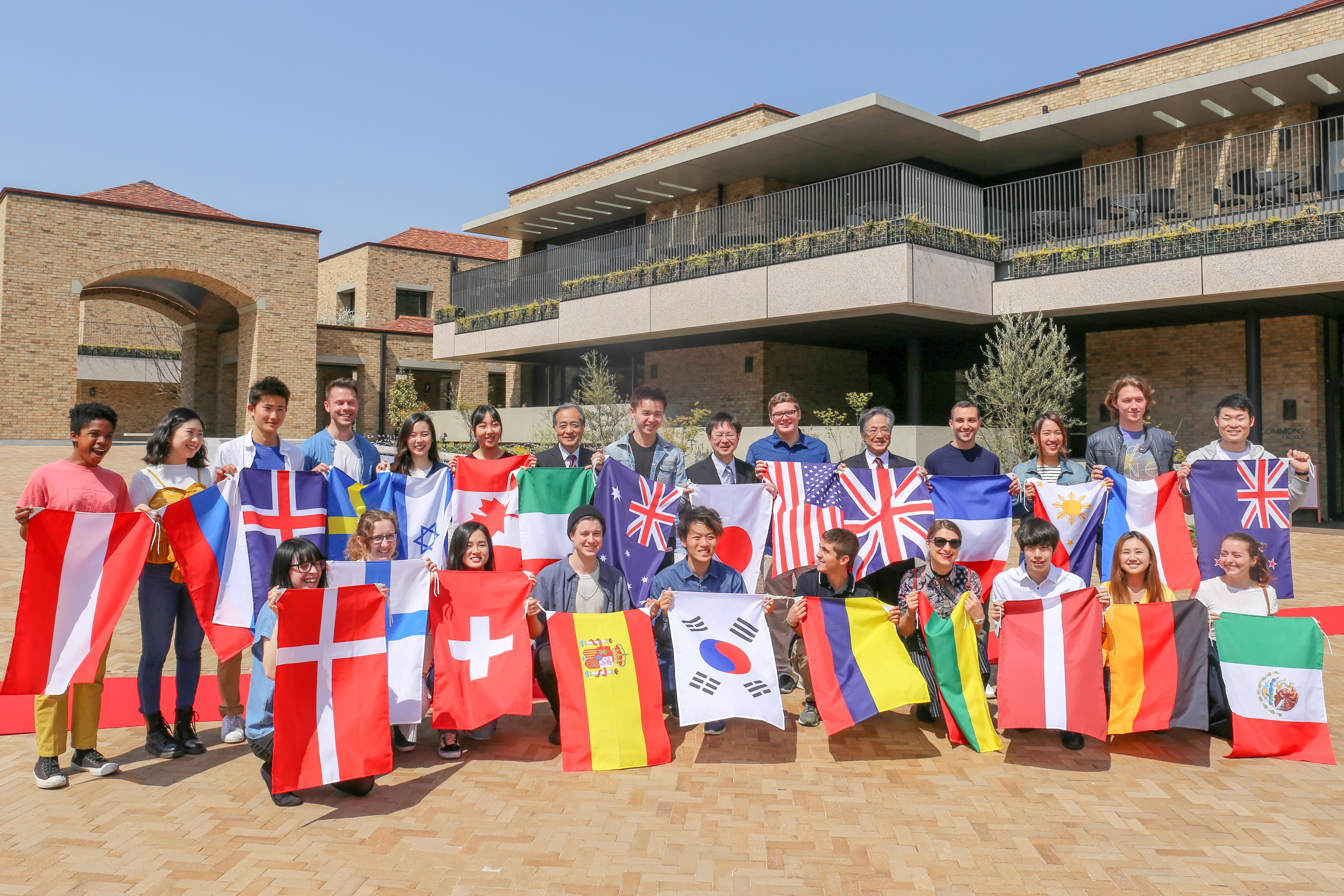 ~世界の約40の国・地域の留学生と関西外国語大学学生が、共に住んで学ぶ新キャンパスが誕生!~御殿山キャンパス・グローバルタウンの開学記念「街開きセレモニー」開催!