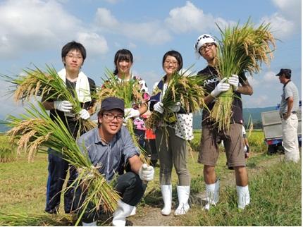 神奈川大学の学食が「産地の見えるこだわりのメニュー」を提供