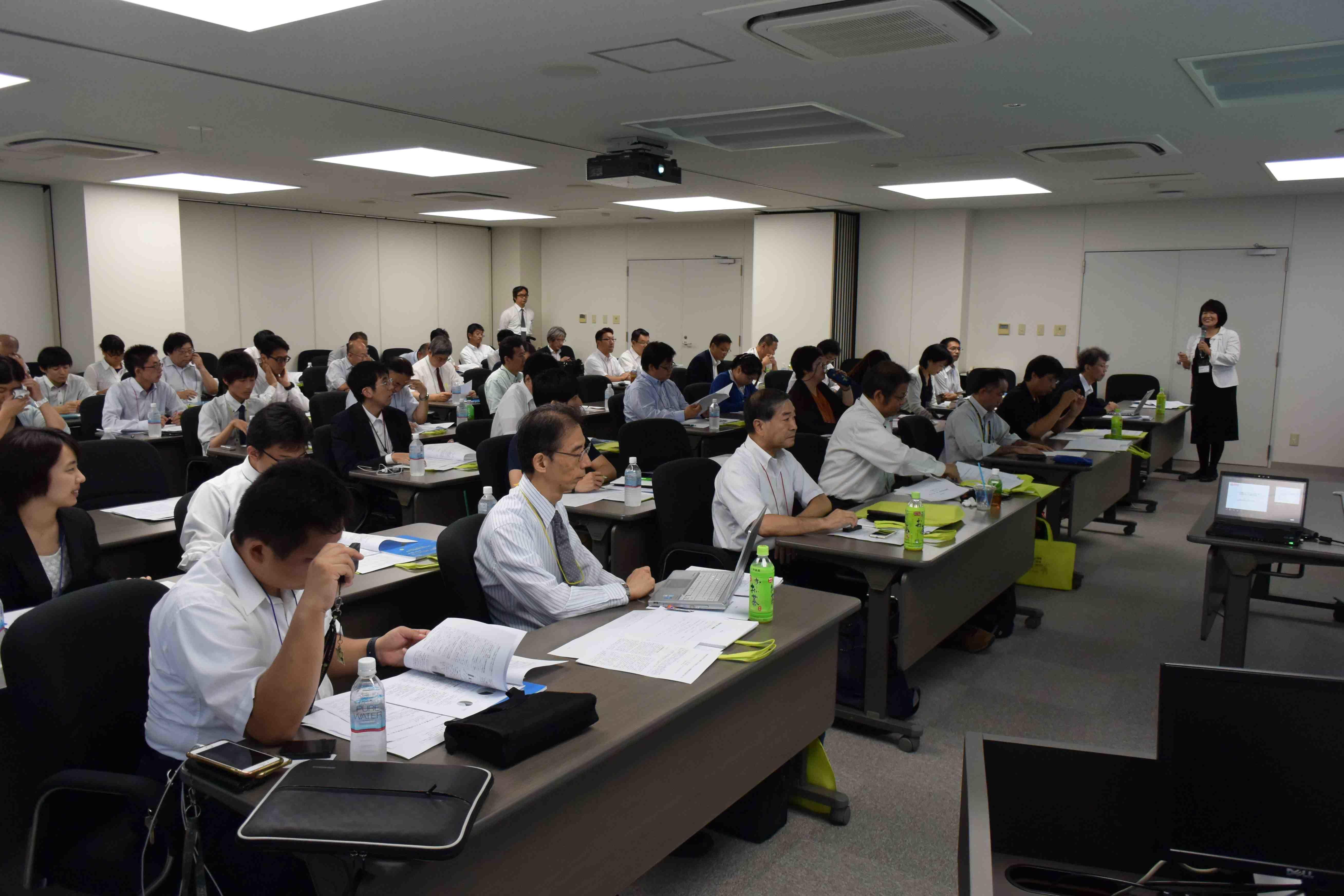 江戸川大学が7月29日に「第6回 情報教育研究会」を開催 -- 次世代を担う若者の情報社会での問題解決力の育成について