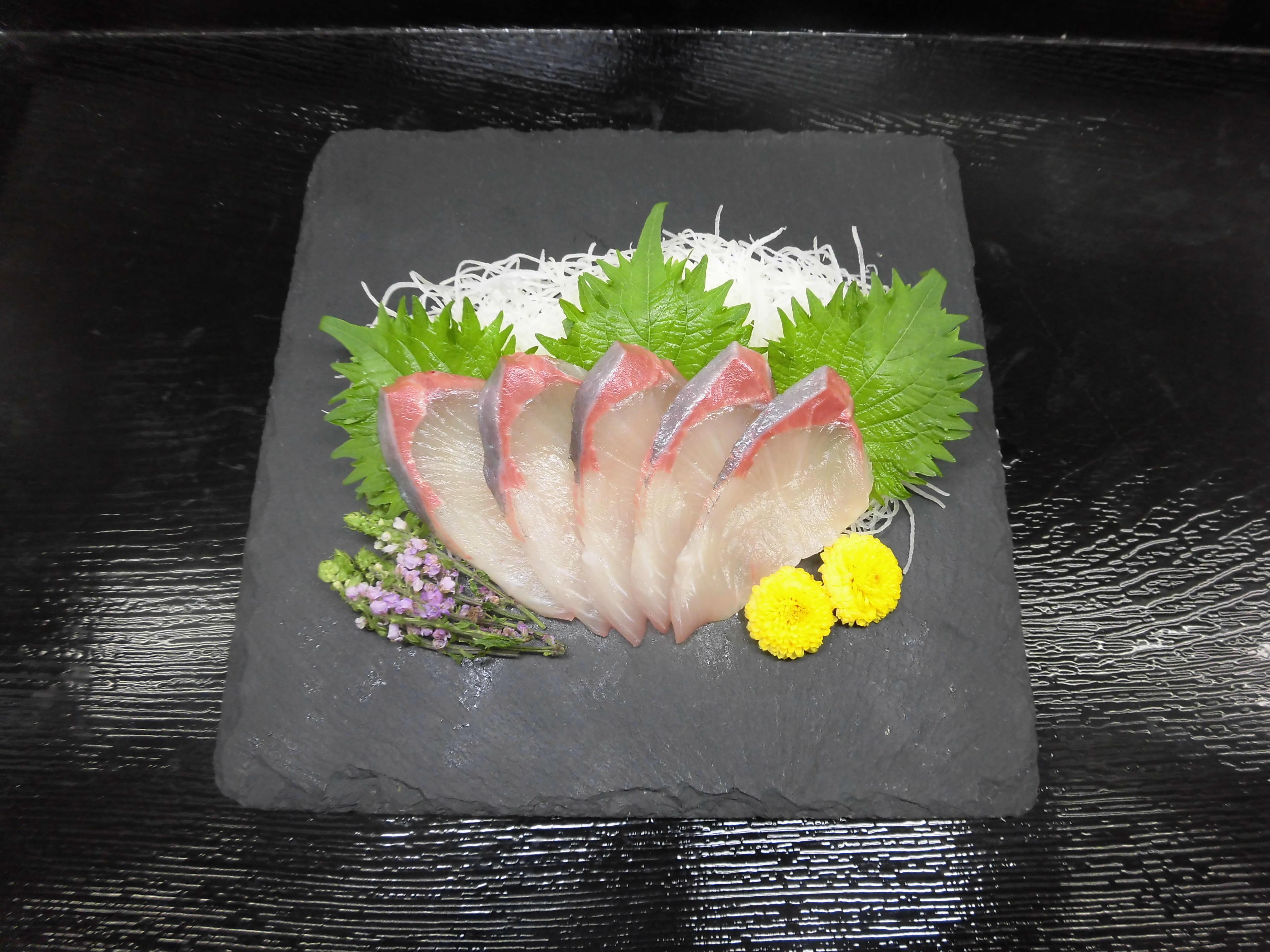 近畿大学が開発した交雑魚「ブリヒラ」を限定発売_スーパー「ベイシア」全店舗で7月1日(月)から