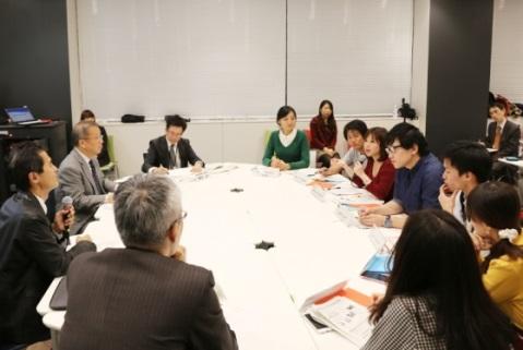 中野区長と外国人留学生の懇談会「日本の中野から世界のNAKANOへ~グローバル都市をめざして」を7月7日に中野キャンパスにて開催 -- 明治大学