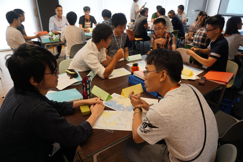 越日工業大学(ベトナム)の学生と金沢工業大学の学生がペアを組み、企業で問題発見・解決に取り組む。バディ制インターンシップ発表会を9月に開催。